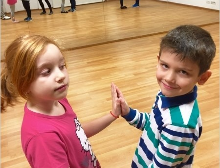 Detalii,program,nivele - cursuri dans copii Dorobanti - Piata Romana